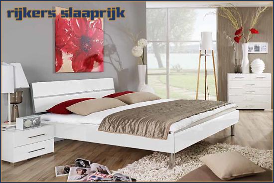 Slaapkamer Mavi Base Plus Rauch möbel hoogglans